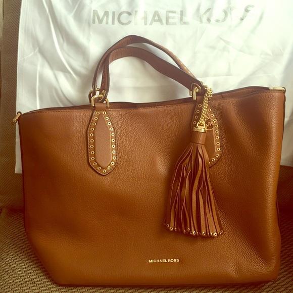 Very Michael Kors Brown Leather Shoulder Bag | Poshmark UZ88